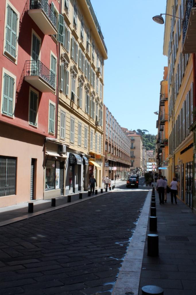 Walking to Cours Saleya