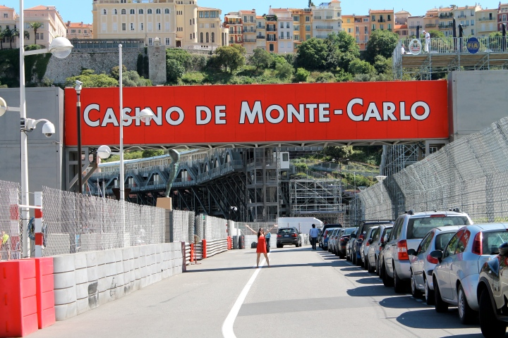 That's me chilling under the finish line!!  I had to dart out there between cars zipping by and it was kind of scary....but worth it.  I mean, if I had gotten hit by a car underneath the finish of the Monaco Grand Prix...well, let's just say there are worse, more boring ways to head to Heaven.