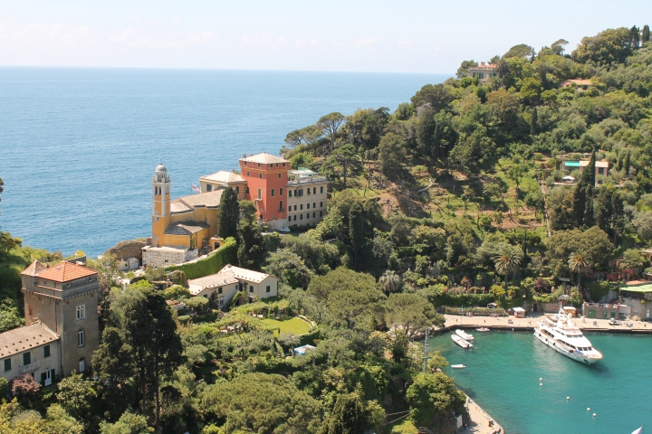 Land strip separating Portofino's harbor from the sea