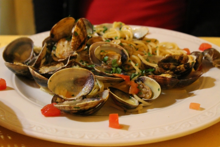 Spaghetti with clams!  (Mom's meal)