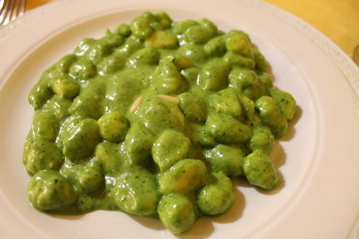 The World's Most Delicious (Pesto) Gnocchi Ever. (my meal)